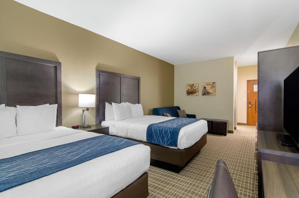 Comfort Inn St Robert Fort Leonard Wood Double Queen Suite 4