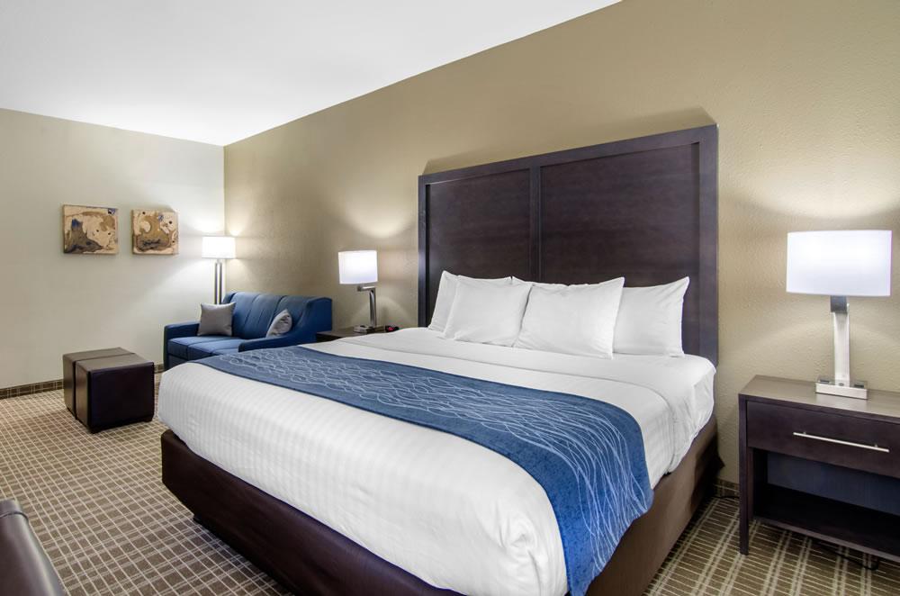 Comfort Inn St Robert Fort Leonard Wood King Suite (3)
