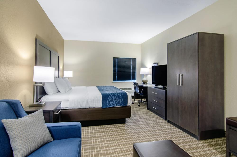 Comfort Inn St Robert Fort Leonard Wood King Suite 5