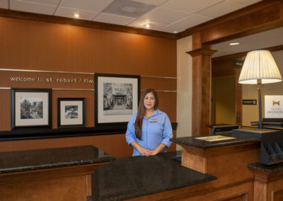 Hampton Inn St. Robert - Ft. Leonard Wood  Front Desk