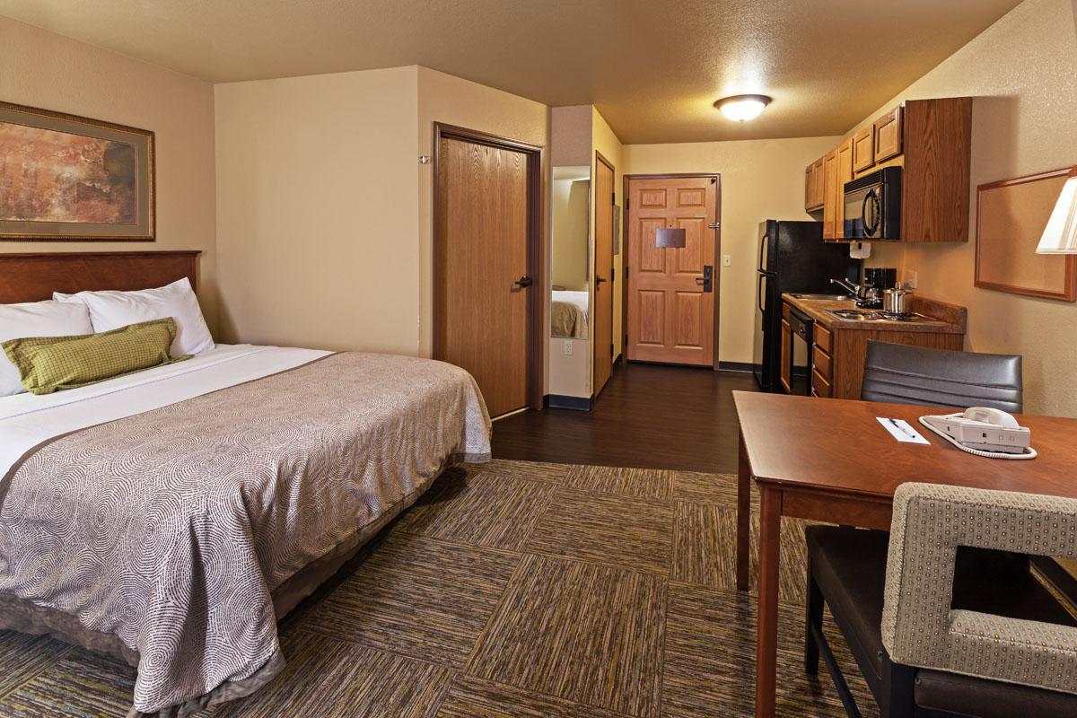Hotel Amenities Include