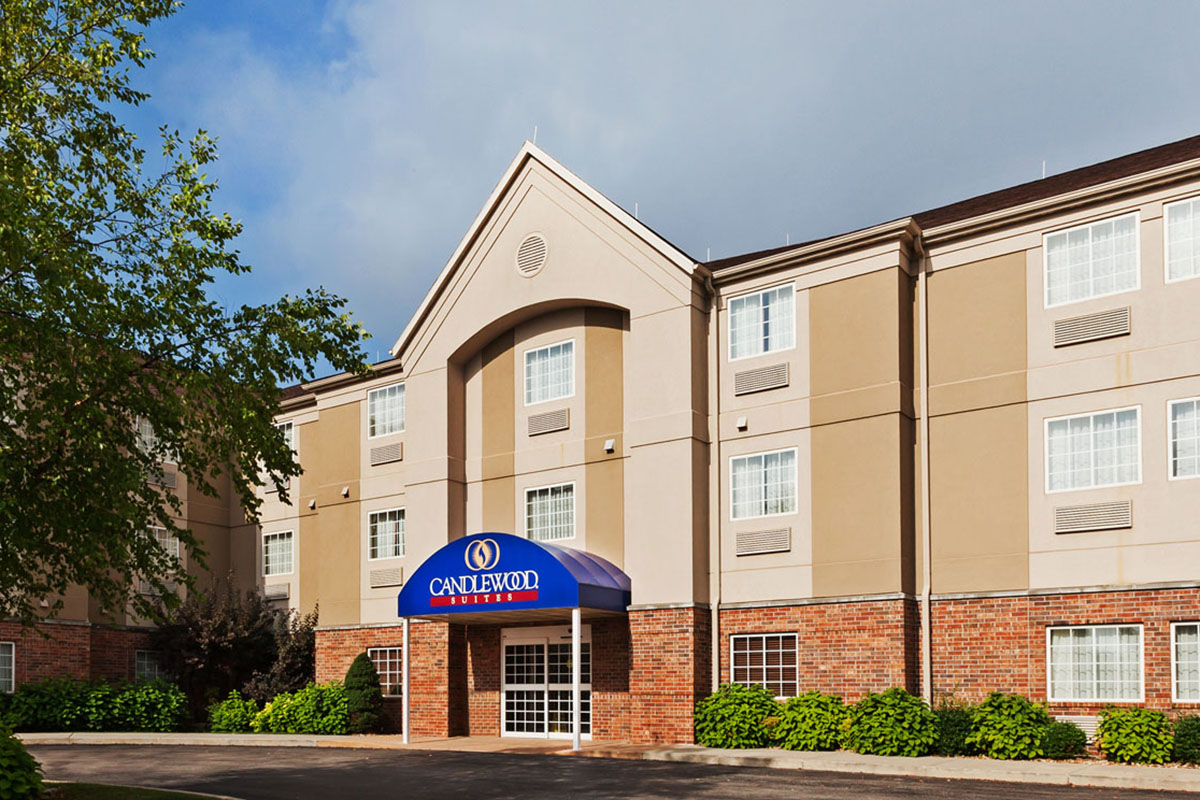 Candlewood Suites 140 Carmel Valley Way
