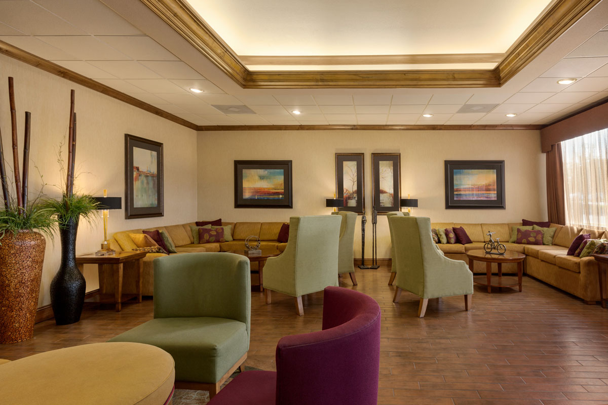 Hampton Inn St. Robert - Ft. Leonard Wood Lobby