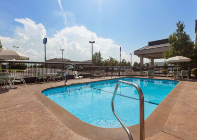 Hampton Inn St. Robert - Ft. Leonard Wood Pool