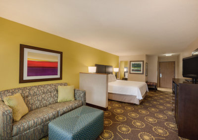 Hampton Inn by Hilton St. Robert-Ft. Leonard Wood - 1 King Bed Study - 971928